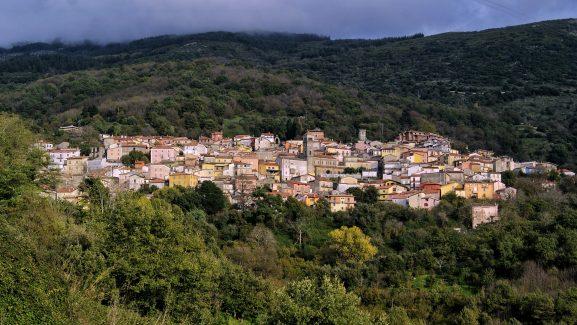 Aritzo, borgo di Sardegna